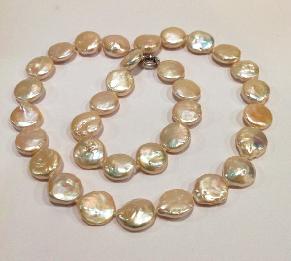 """The Classic Coin"" Freshwater Pearl Necklace - Klara Haloho - 3"