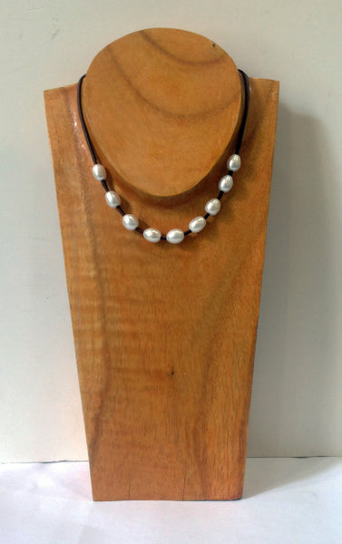 """The Weekender"" Adjustable Freshwater Pearl Necklace - Klara Haloho - 9"