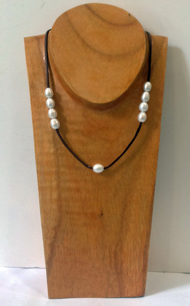 """The Weekender"" Adjustable Freshwater Pearl Necklace - Klara Haloho - 6"