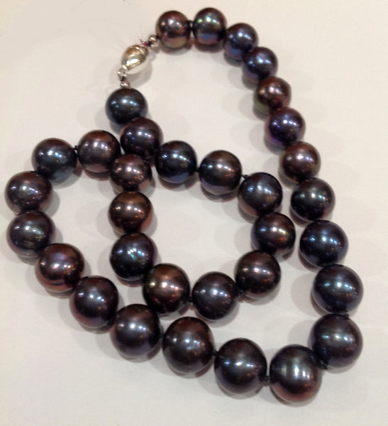 """The Noir Classic"" Large Freshwater Pearl Necklace - Klara Haloho - 3"