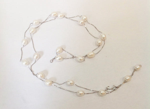 """Floating Clouds"" Freshwater Pearl and Sterling Silver Necklace - Klara Haloho - 4"
