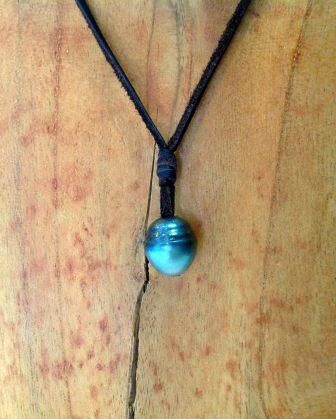 """One Love"" Tahitian Pearl Unisex Necklace - Klara Haloho - 2"