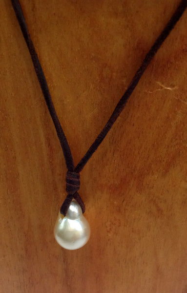 South Sea Baroque Pearl Necklace - Klara Haloho - 2