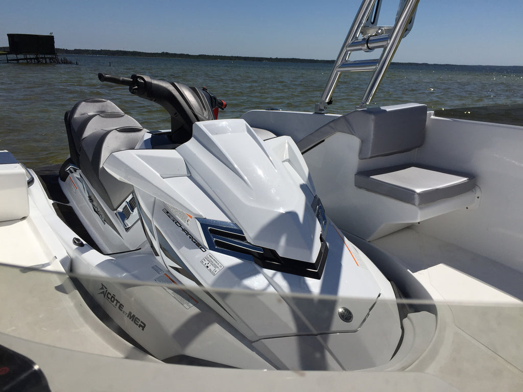 SEALVER WAVE BOAT 656 JETSKI PARKING SPOT
