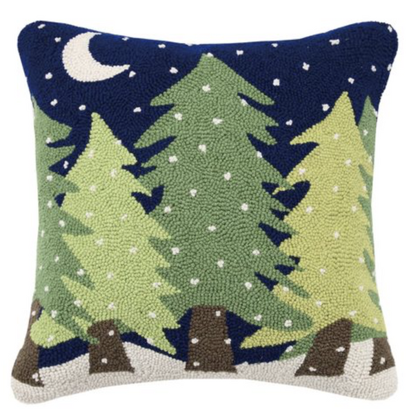 Midnight Snow Hooked Pillow 20 x 20