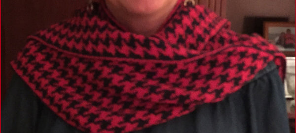HGP Colors Houndstooth Scarf