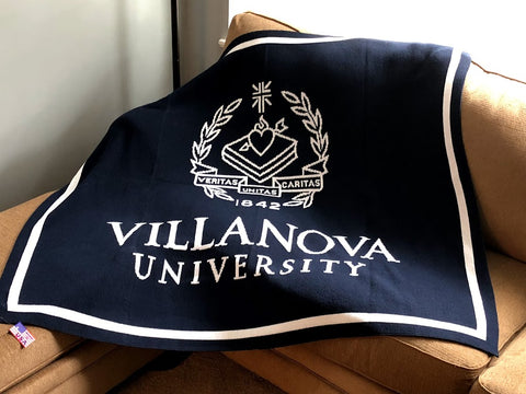 Villanova Seal  Navy 60 x 50