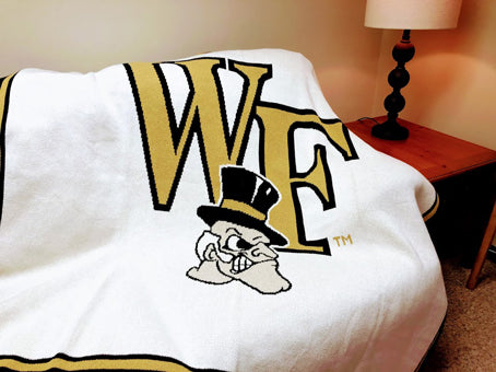Wake Forest Demon Deacon Natural Base 60 x 50