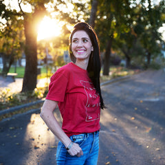 woman in FTND logo t-shirt