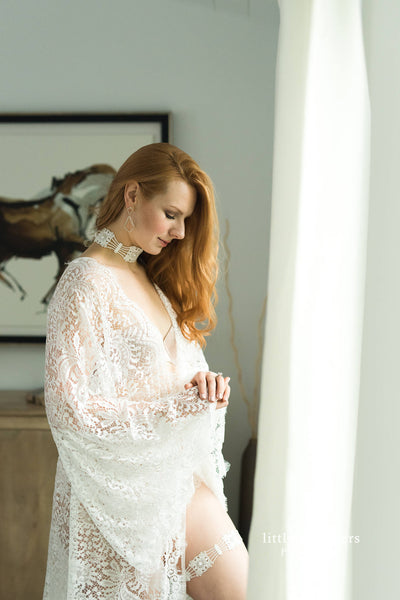 BRIDAL BOUDOIR ROBE with train, wedding day gown for photo shoot,  bridal boudoir lingerie, off white eyelash lace one-size lace bridal robe