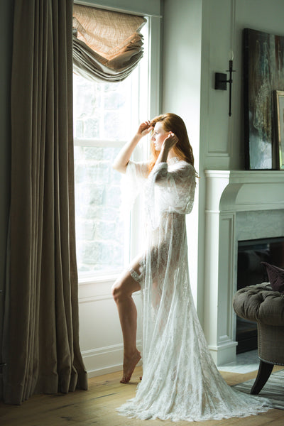BRIDAL BOUDOIR ROBE with train, wedding day gown for photo shoot, bridal lingerie robe cream lace robe, one-size maternity photography gown