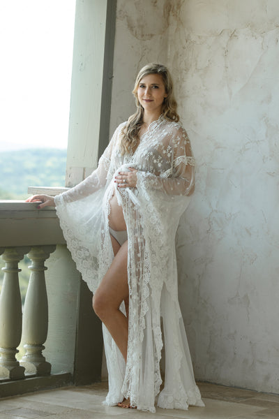 MATERNITY LACE CAFTAN for photo shoot, maternity robe, vintage lace maternity robe gown kaftan, maternity photography, off white caftan robe