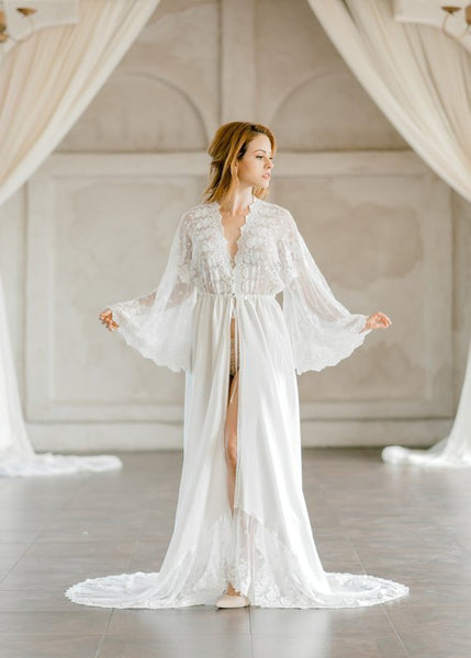 LACE BRIDAL ROBE for wedding day, bridal boudoir photo shoot, wedding night lingerie, off white bridal robe, honeymoon lingerie, bridal gift