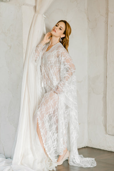 LACE BRIDAL CAFTAN for wedding day, boudoir photo shoot, honeymoon lingerie  wedding night lingerie, maternity photo shoot, off white kaftan