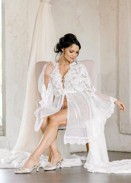 LACE BRIDAL ROBE for wedding day, boudoir photo shoot, short bridal robe, wedding day robe, bridal photography shower gift, bridesmaid robe
