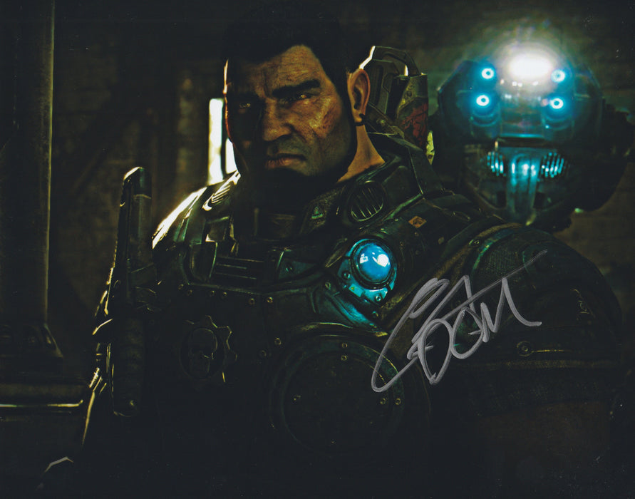 Carlos Ferro Autograph 8x10 Gears of War Photo Dominic Santiago Signed COA Z7