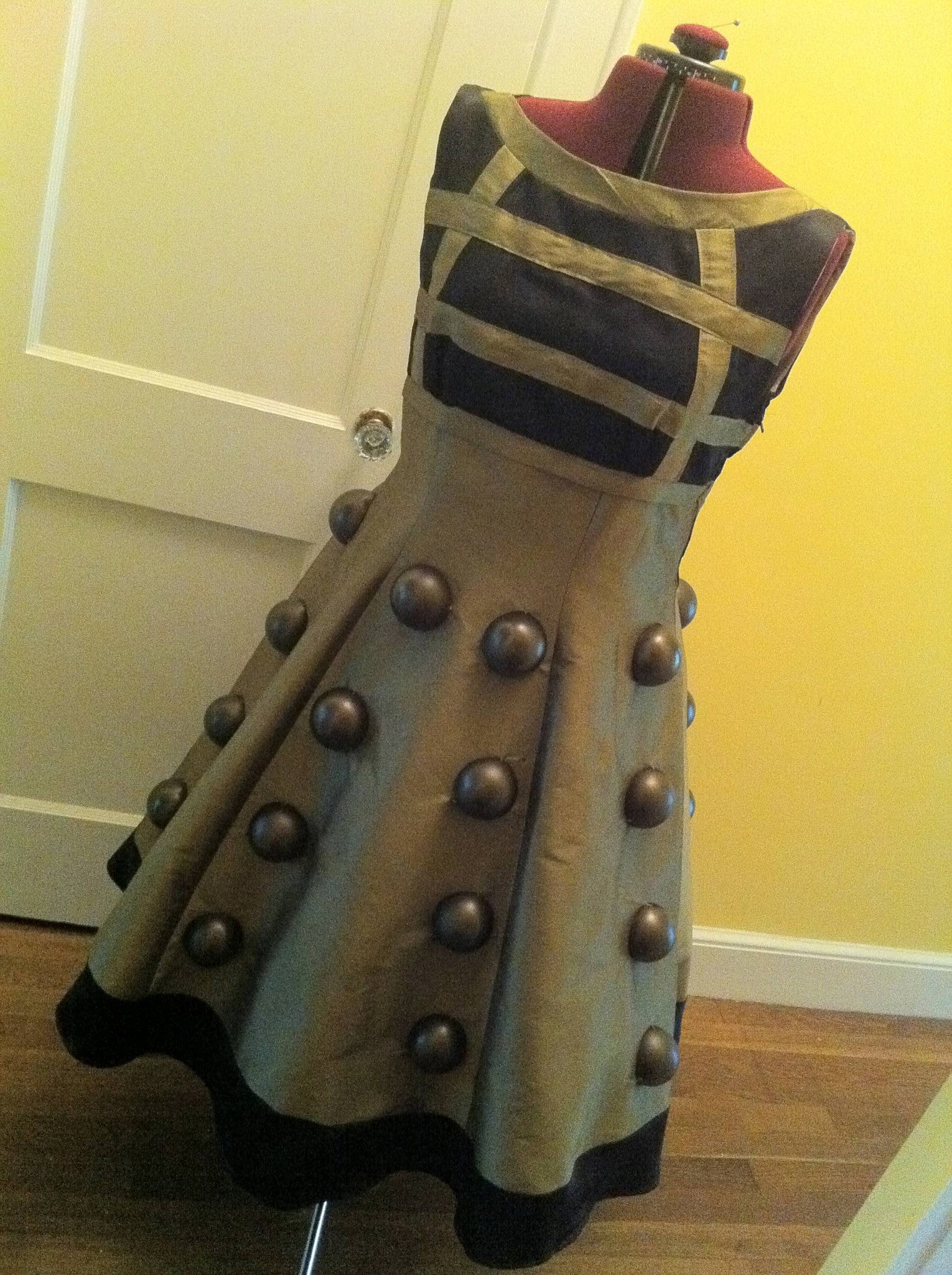 Cosplay Time! - Dalek Dress Tutorial