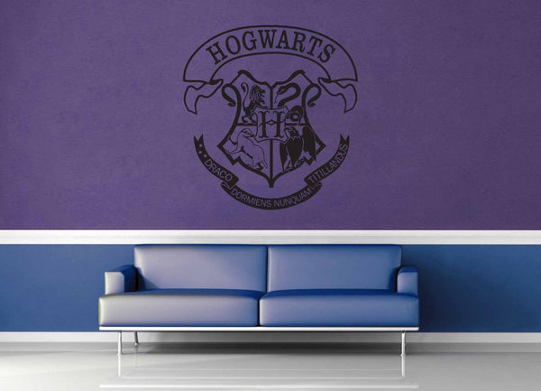 Hogwarts Crest - Harry Potter - Wall Decal - No 1 - geekerymade