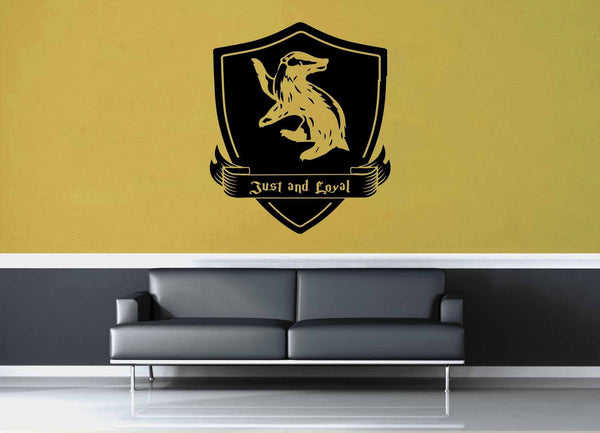 Hufflepuff Crest - Harry Potter - Wall Decal - geekerymade
