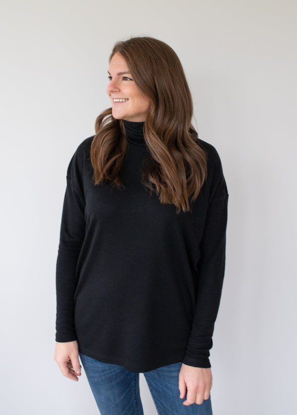 Cori Turtleneck - Black