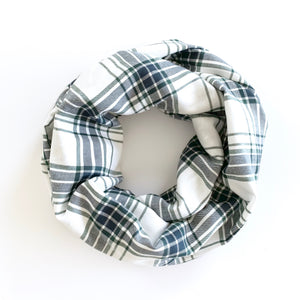PLAID INFINITY SCARF - NAVY & PINE