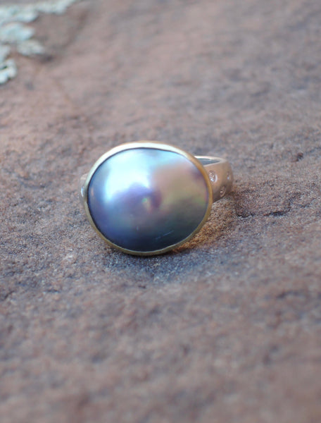 Abalone A Pearl ring in 18 gold and sterling with .05 ct diamonds