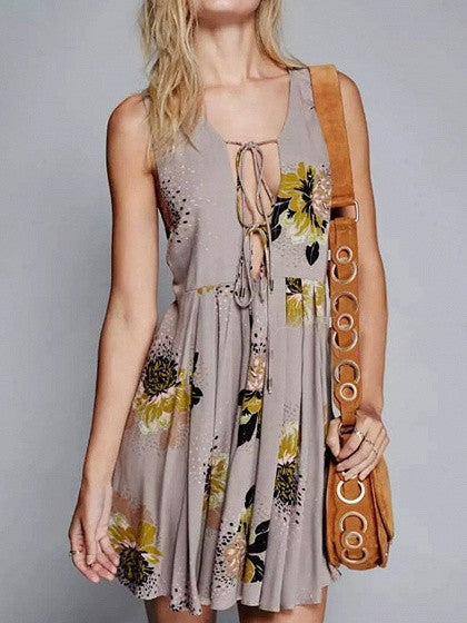 Khaki Plunge V-neck Sleeveless Floral Lace Up Back Split Mini Pleated Dress