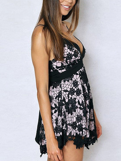 Black V-neck Bow Back Spaghetti Strap Cutwork Crochet Lace Romper Playsuit