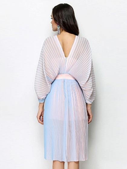 Blue V-neck Batwing Sleeve Pleated Dress