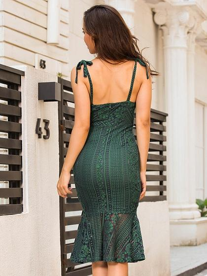 Green V-neck Pephem Bodycon Midi Lace Dress