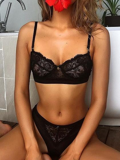 Black Spaghetti Strap Women Lace Bra Top And High Waist Bottom