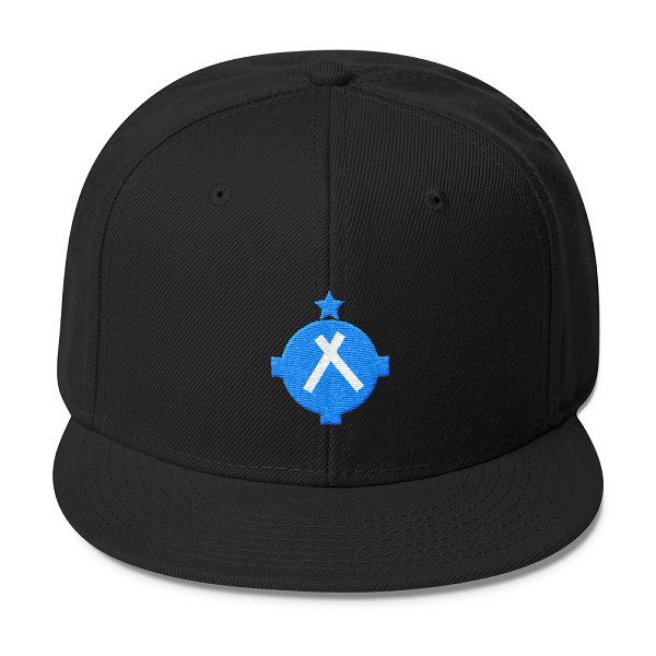 This black snapback with a VFR airport symbol on the front is a perfect gift for pilots.
