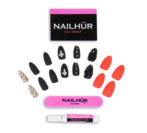 Nailhur Snap On Manicure - Behind Closed Doors (Stiletto)