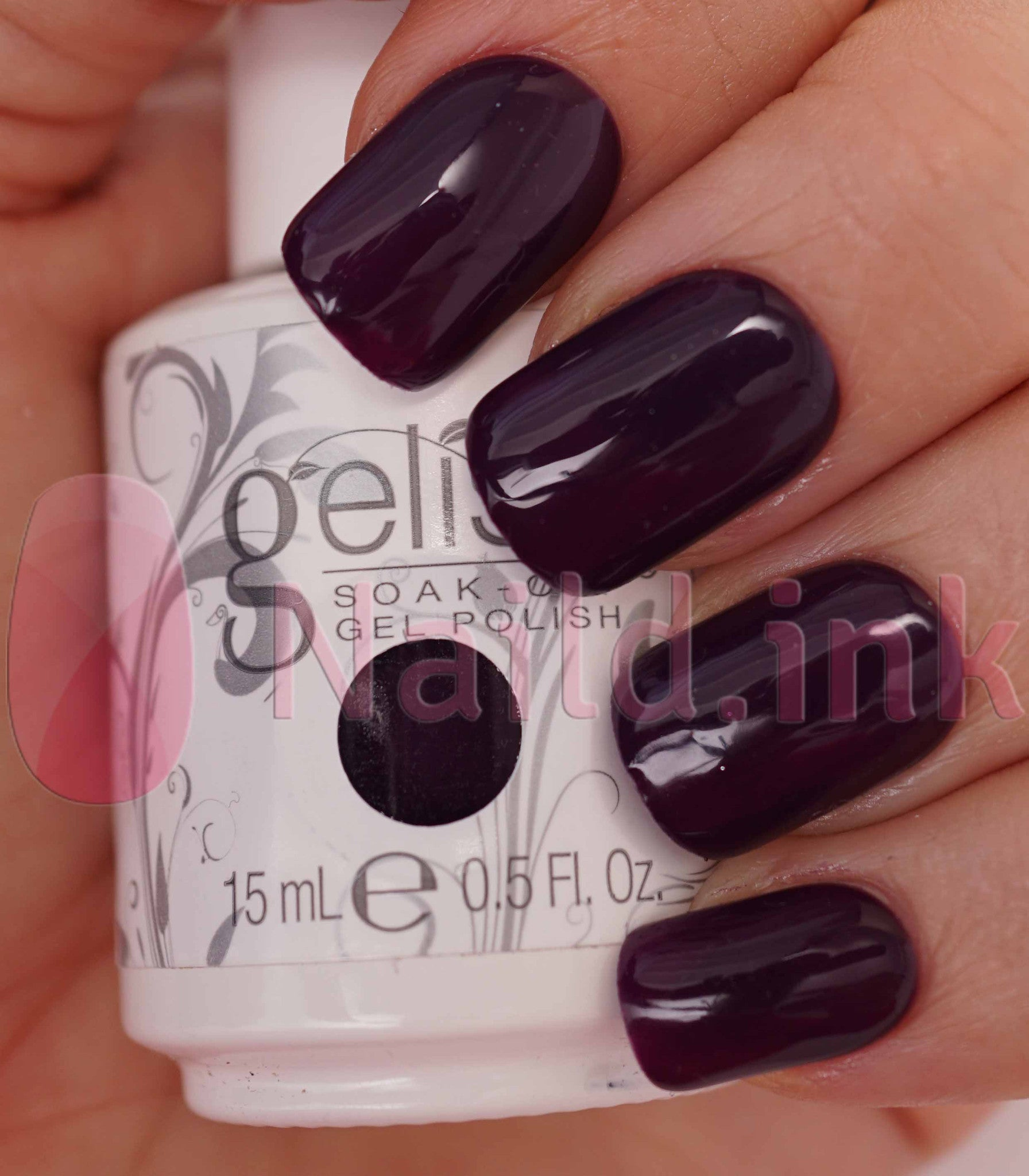 Gelish Plum Tuckered Out 15ml