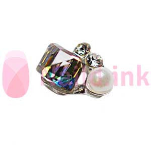 Nail Charm Cluster - Square Crystal With Pearl