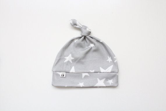 Top Knot Hat - Gray Stars
