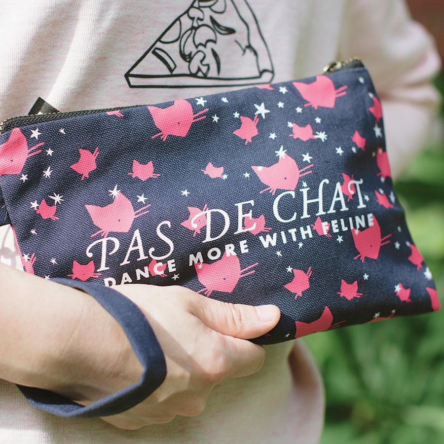 The Pas de Chat Pouch