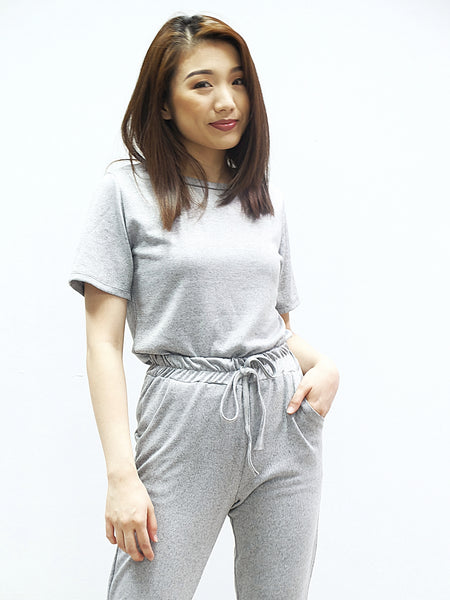Grey texturized shirt with trouser