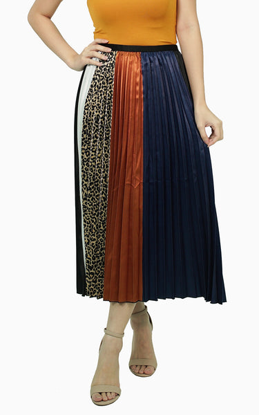 Satin pleated tri color skirt with leopard print