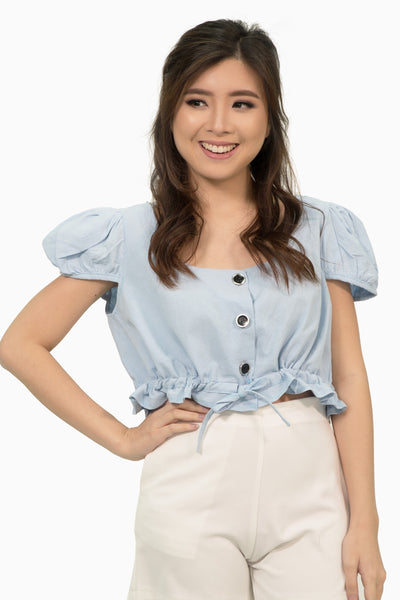 Light blue scallop sleeves crop with button accent