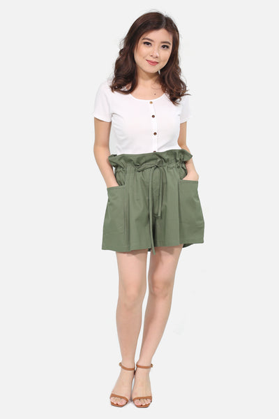 Military green puffy shorts