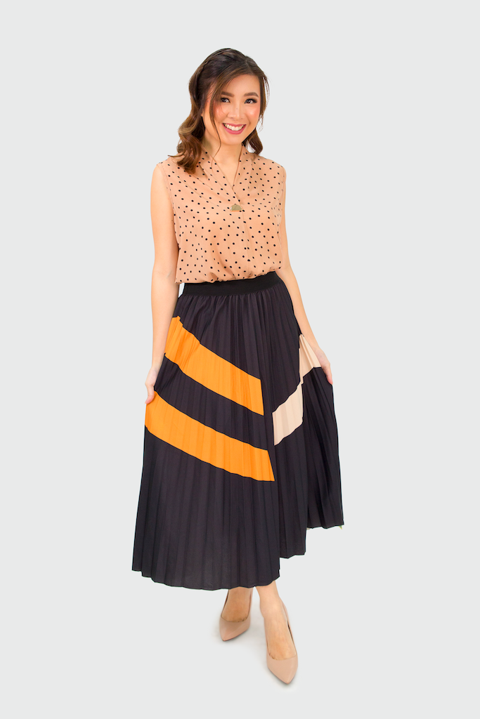Black with Brown Shapes Satin Pleated Skirt