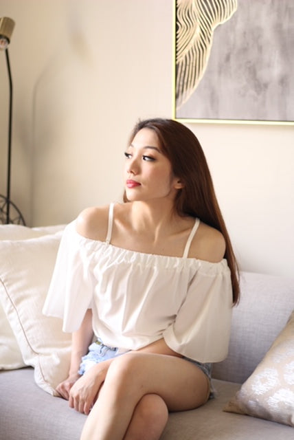 White garterized offshoulder with strap