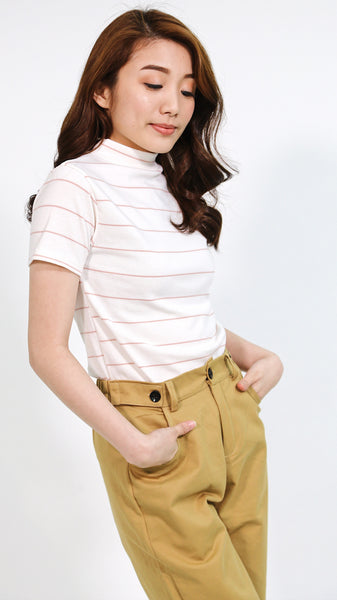 White turtle neck lines shirt