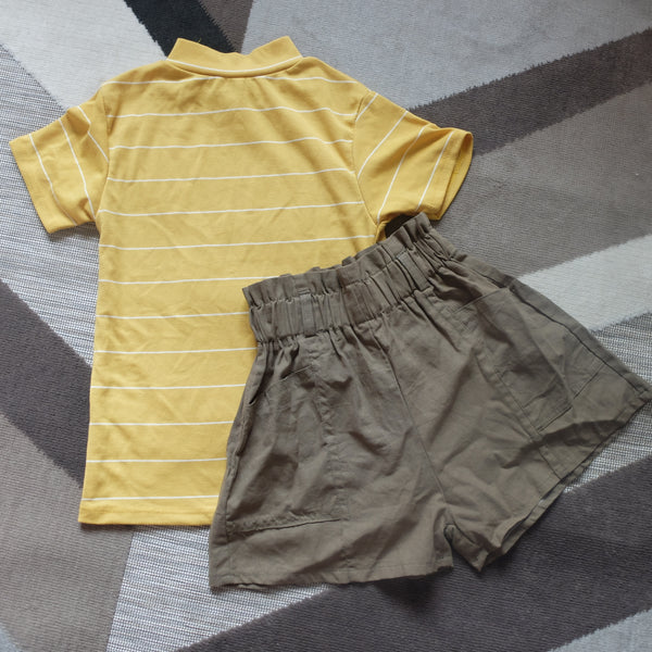 Yellow stripes top and military shorts