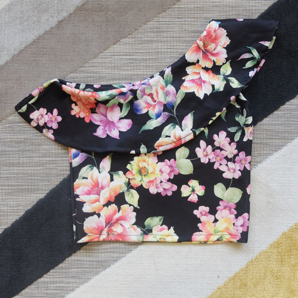 Black sided floral