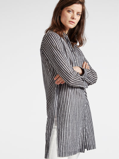 Tunic with stripes