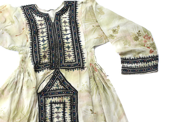 HAND EMBROIDERED BALOCHI/AFGHANI TRIBAL DRESS - Green Meadow - Blonde Vagabond