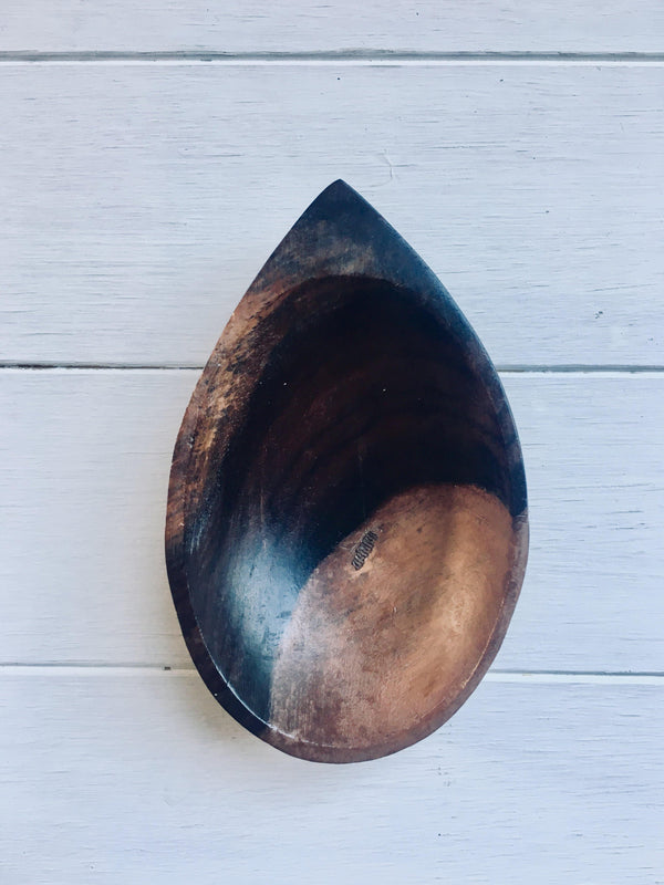 THE TEARDROP DISH - Black Salt Co Coastal Luxe Homewares and Decor