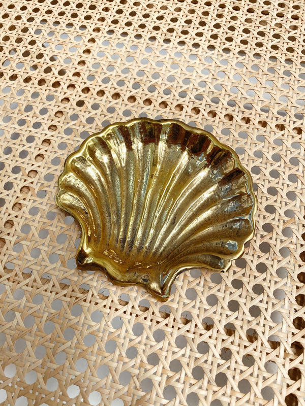 THE BRASS SHELL TRINKET DISHES